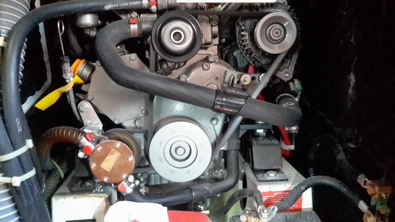 Question mécanique moteur : fuite pompe à eau de mer - Page 2 Fuite_10