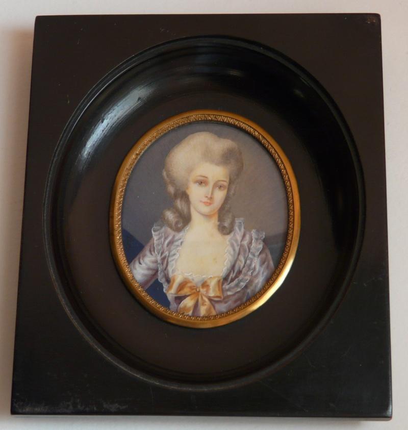 A vendre: miniatures de Marie Antoinette? - Page 3 _5717