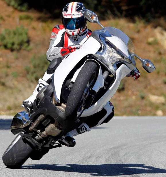 Ptite question peut etre conne ! je ne connais pas assez ma moto Honda_10