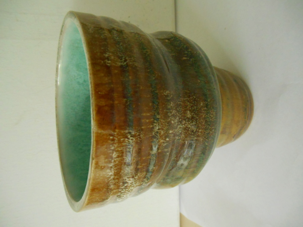 Pottery Bowl with Japanese? marks - Age and Origin help please? Dscn9612