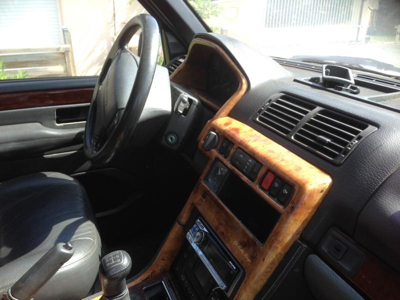 [VDS] Volants cuir et bois, GPS, etc... Img_2319