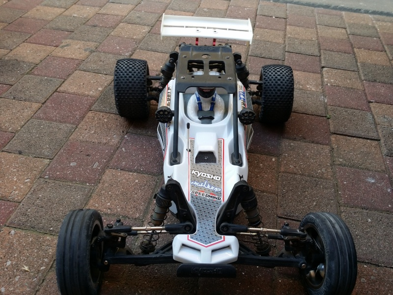 kyosho scorpion a moon  - Page 3 20150611