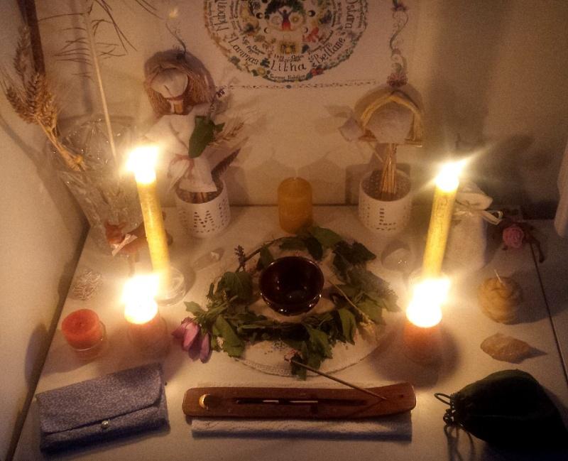 Votre ou vos autels - Page 6 Altar10
