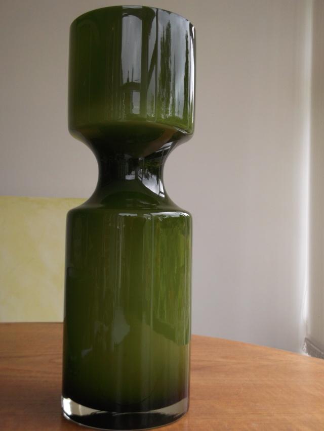 Giant vase  2012-019