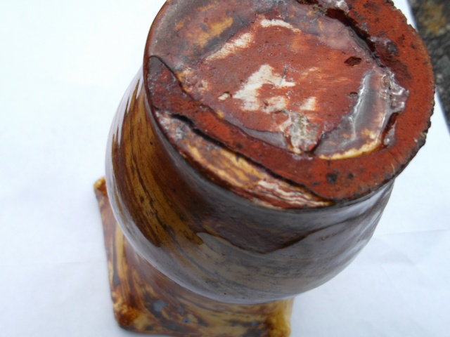 old agateware - Sussex ware, Uckfield?  2012-040