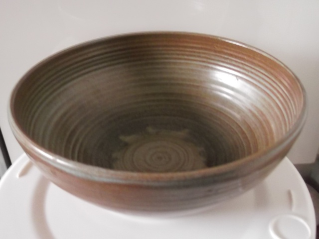 Well thrown bowl 2012-050