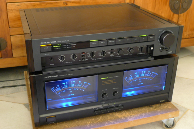 Onkyo Integra Pre Amplifier P-308 and Integra Power Amplifier M-508 (Used) SOLD P1100723