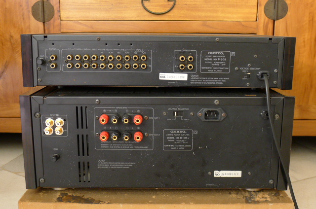 Onkyo Integra Pre Amplifier P-308 and Integra Power Amplifier M-508 (Used) SOLD P1100724