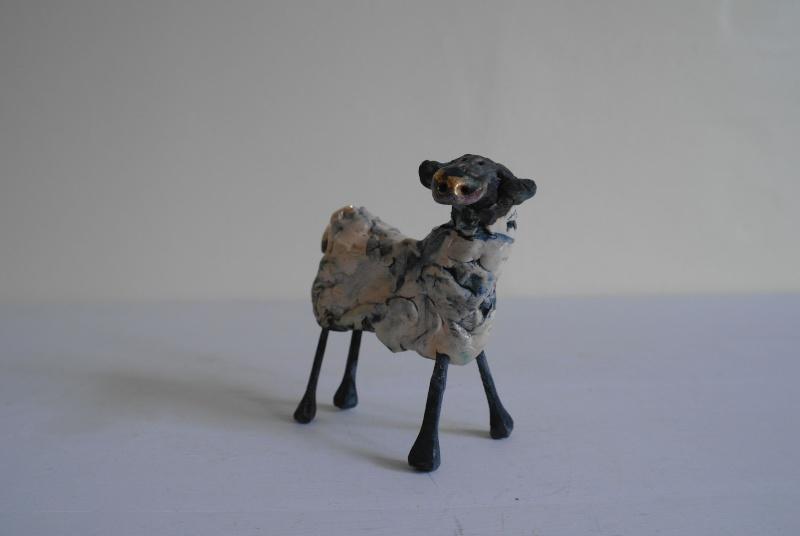 Ceramic Sheep - Feet Marked with M Sam_8211
