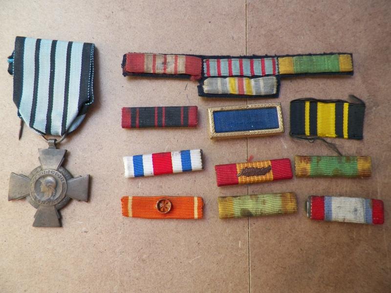 Croix du combattant 1939/40 et lot de rappels de décos  100_1110