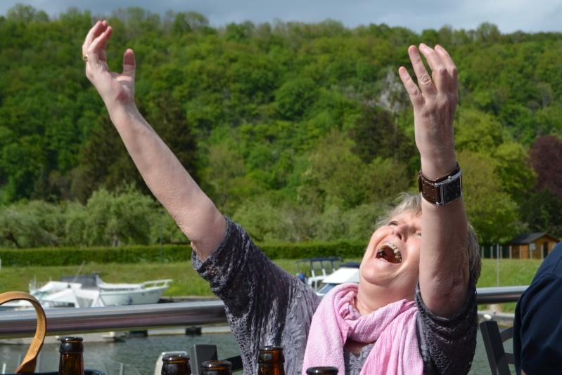 Croisière sur la Meuse le 9 mai 2015 - Page 7 Dinant29