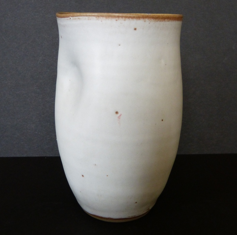Pinched pottery cup, ID help - probably Honma, Japan  P2130614