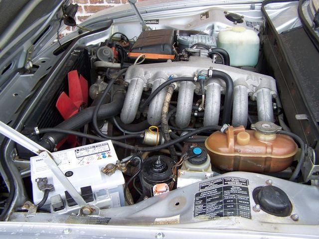 BMW 3.0L si (restauration) W9043719