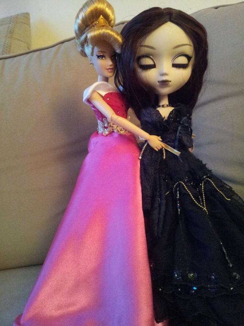 Disney Princess Designer Collection (depuis 2011) - Page 40 20150834