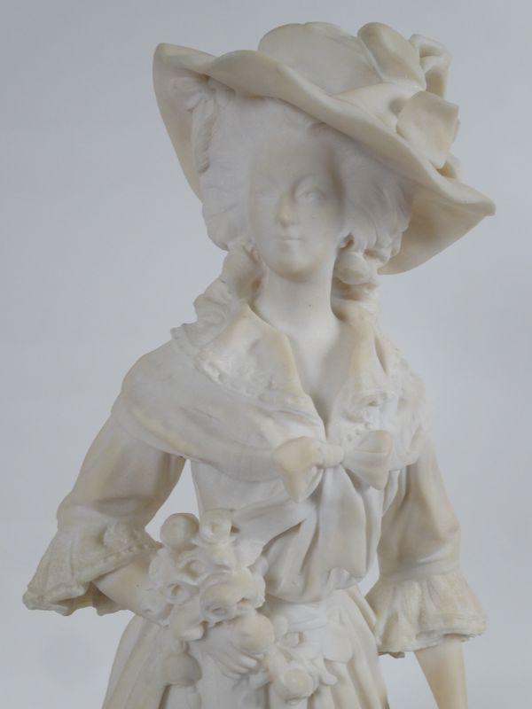A vendre : statuette en marbre représentant la Reine Marie-Antoinette 14335011