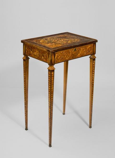 A vendre: meubles et objets divers XVIIIe et Marie Antoinette - Page 3 14339411