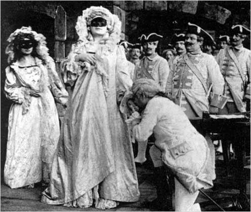 Une Aventure Secrète de Marie-Antoinette, avec Yvonne Mirval (Camille Morlhon - 1910) 18815010