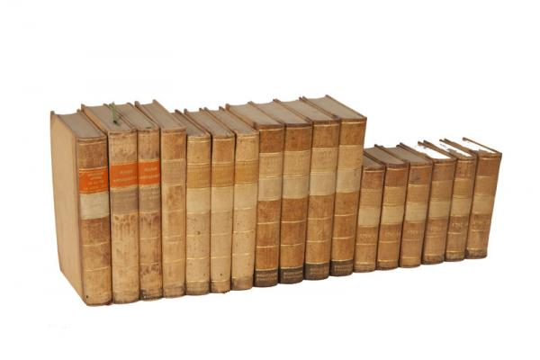 A vendre: livres sur Marie-Antoinette, ses proches et la Révolution - Page 3 49916011