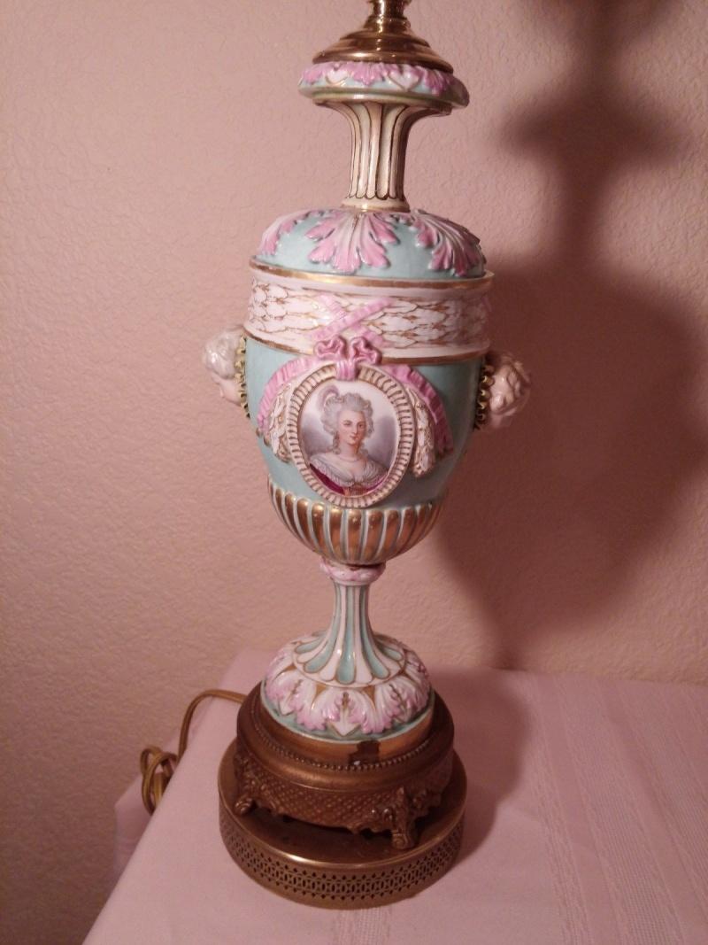 A vendre: Louis XVI et Marie Antoinette - Page 2 _5722