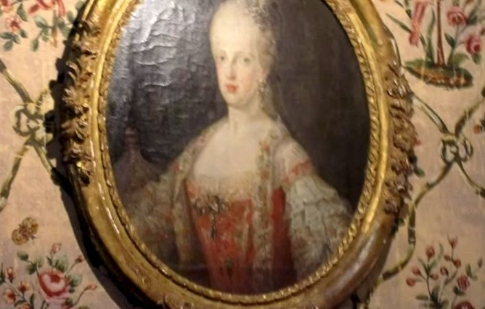 Marie-Antoinette au Château du Cambon Zcambo10