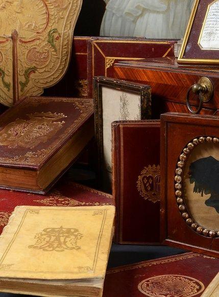Vente de Souvenirs Historiques - aux enchères plusieurs reliques de la Reine Marie-Antoinette - Page 2 Zzv10