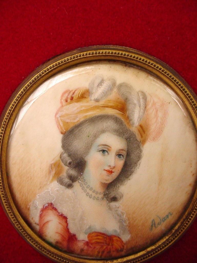 A vendre: miniatures de Marie Antoinette? - Page 3 Zzz21