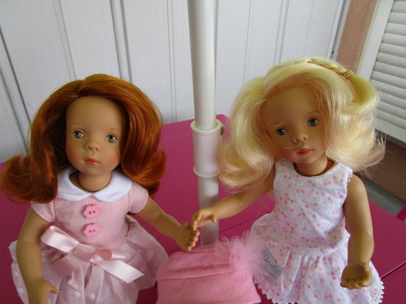elles sont arriver les nouvelles petites minouches la délicieuse blonde Joelle et la sublime rousse Nathalie Img_0411