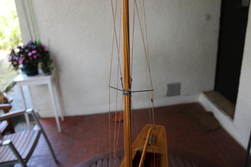 dragon) - Maquette du voilier « Dragon » de « Billing Boats » par Glénans Img_3115