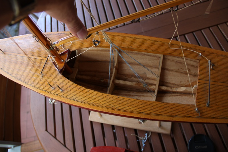 dragon) - Maquette du voilier « Dragon » de « Billing Boats » par Glénans Img_3210