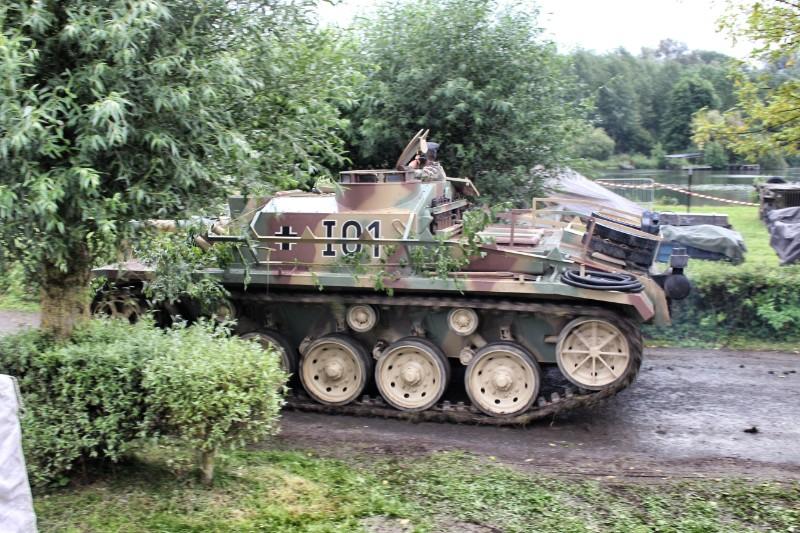 Elingen Le Tank Hunter  Pyronn12