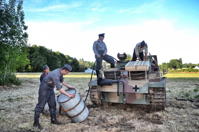 Elingen Le Tank Hunter  Vama-110