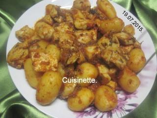 Sauté de dinde aux p de terre en sauce.photos. 11695010