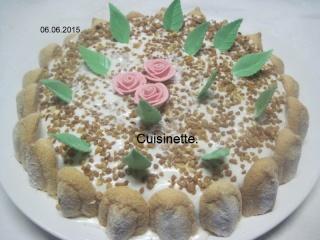 Gâteau aux framboises, chocolat blanc praliné Img_7324