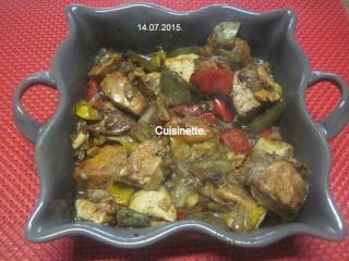 Légumes variés aux cubes de poulet.photos. Img_8235