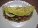 Omelettes composées de légumes.œufs.râpé.photos. Img_7550