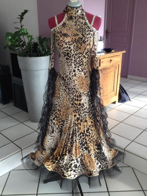 Robe de standards imprimé léopard marque Edda Hsu (photo) Img_1210