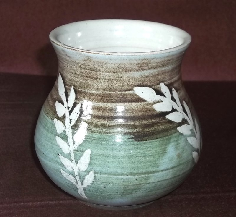 Sheila Willison, Overstone Pottery, Sarisbury 100_2412