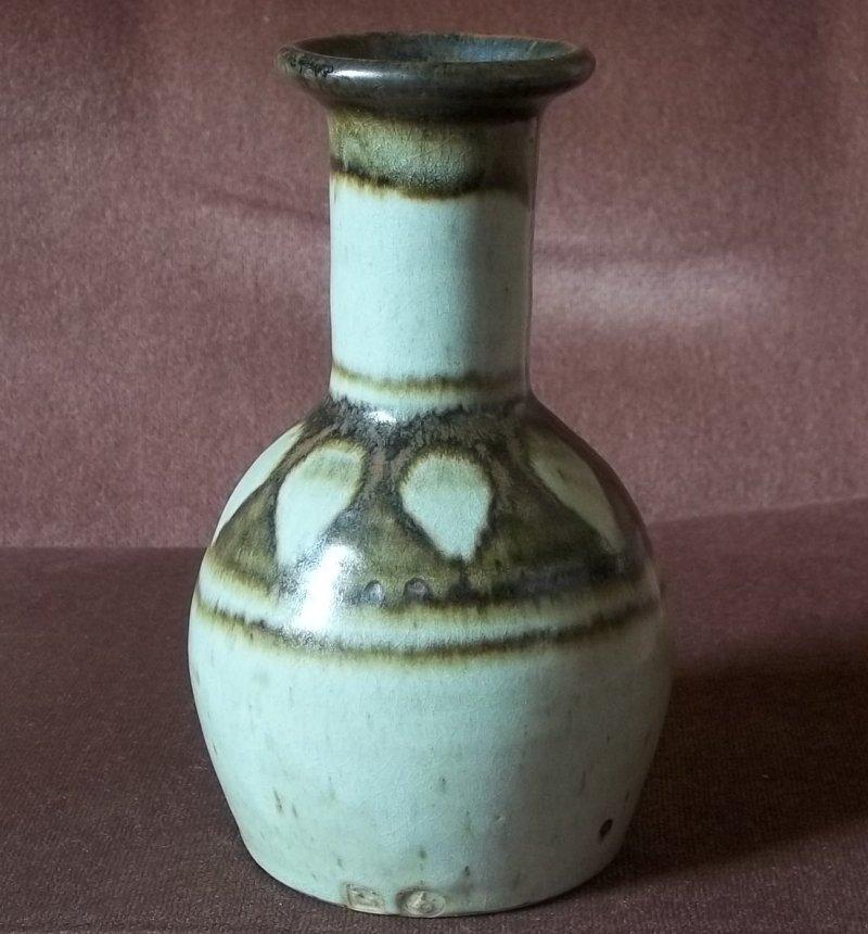 Eric Golding, Branscombe Pottery  100_2421