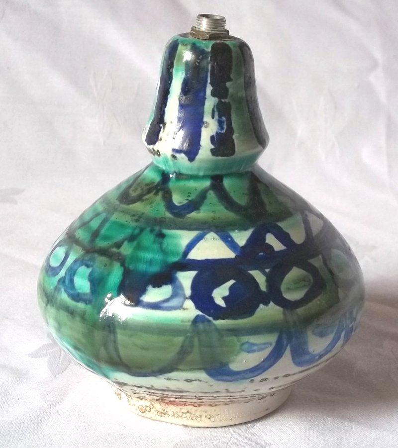 Rye Pottery, David Sharp etc.  - Page 4 100_2532