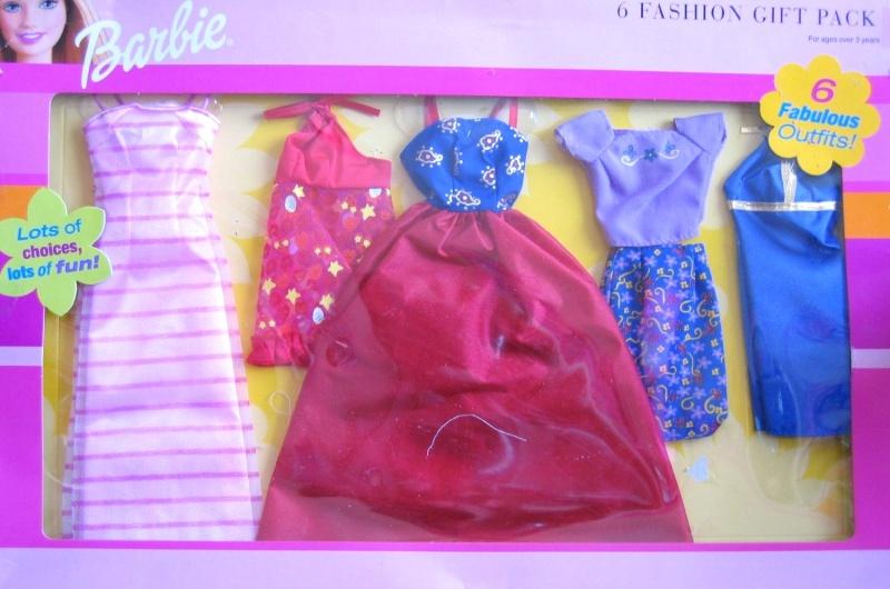 qui sont elles? - Page 3 Barbie10