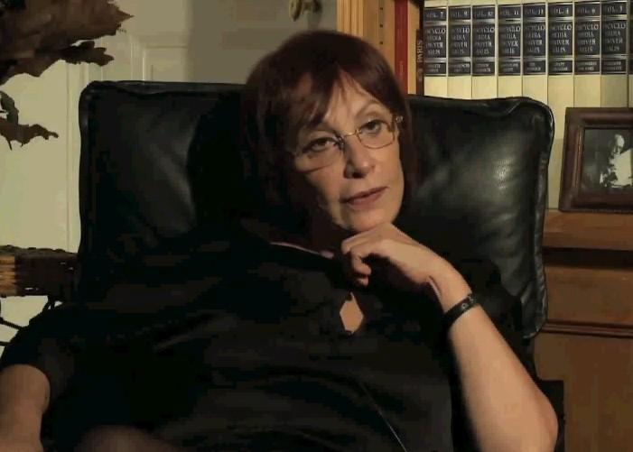 Dr Esthela Solano