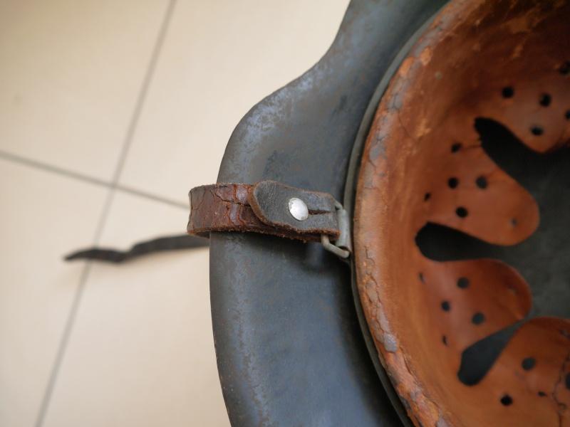 La jugulaire du casque allemand P1030014