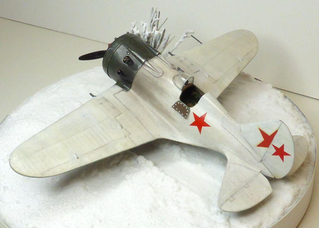 [eduard] Polikarpov  I-16 type 10 - Page 3 Polika98