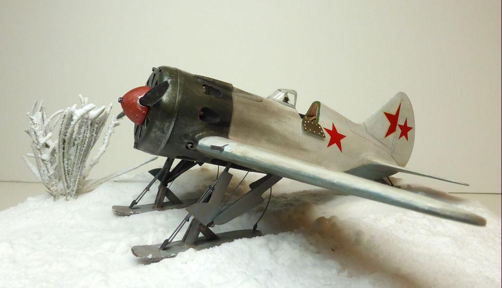 [eduard] Polikarpov  I-16 type 10 - Page 3 Polika99