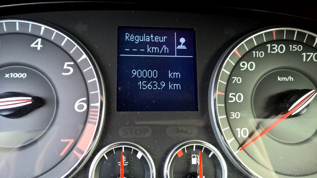 [Krcarbo] Laguna III coupé GT 4 Control 2.0t 205  - Page 4 86007610