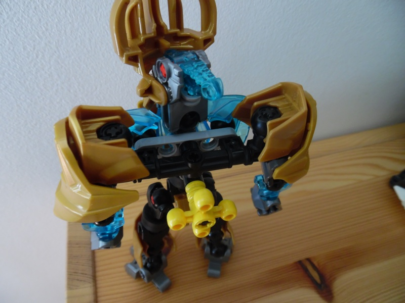 [MOC] Matakanuva : Les robots c'est cool et le steampunk aussi - Page 9 Sam_1532