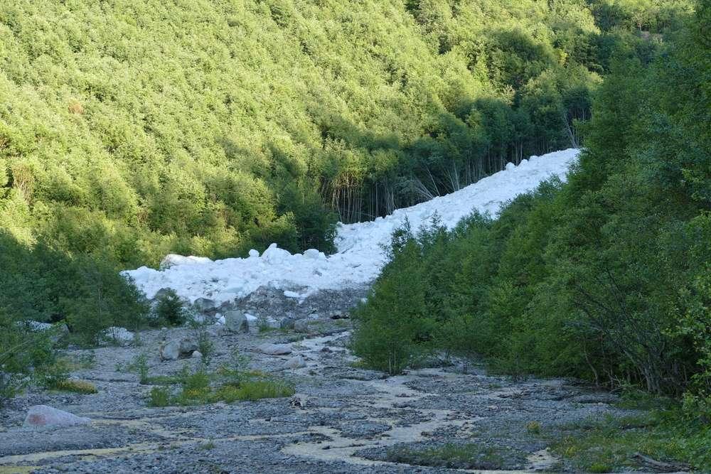 Le glacier des Bossons - Page 11 110