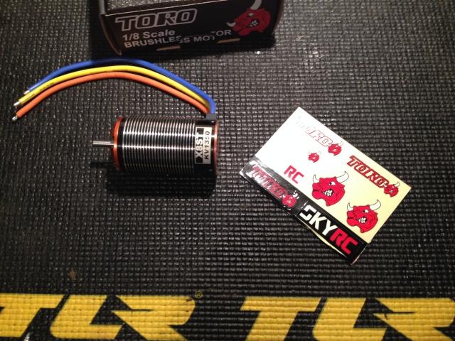 moteur Toro X8ST 1350Kv Img_1323