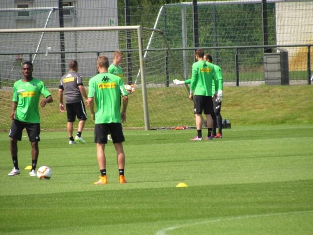Trainingsauftakt der Saison 2015/2016... Img_8219