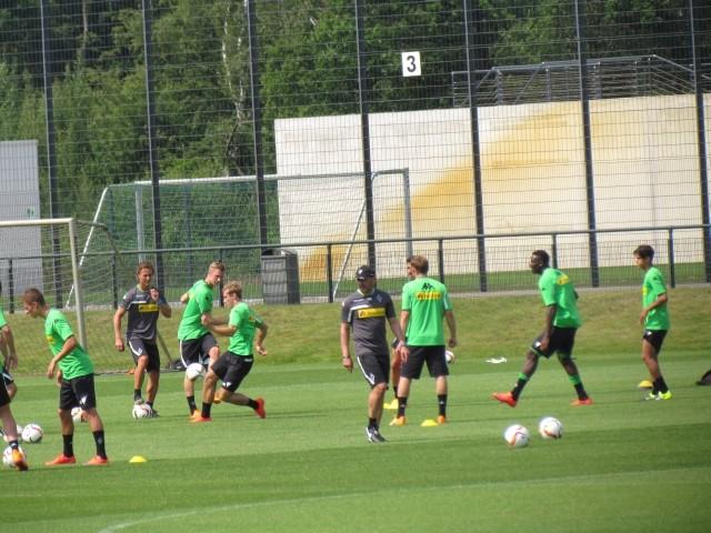 Trainingsauftakt der Saison 2015/2016... Img_8227